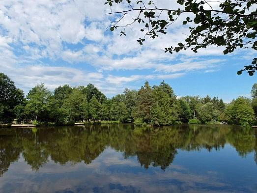 Carp fishing in Brittany with accommodation