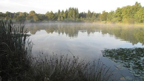 Les Croix lake all inclusive carp fishing