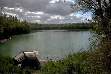 carp lakes in northern France